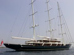 EOS yacht was built in 2006 by Lürssen. Luxury Sailing Yachts, Boating Holidays, All About Water, Classic Yachts, Cool Boats, Boat Rental, Wooden Boats, Tall Ships, Coastal Living