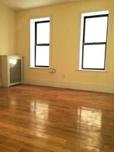 VISiT 1 bedroom rental at West 196 street, Inwood, posted by Kyle Lamberty on 06/08/2014 | Naked Apartments 5