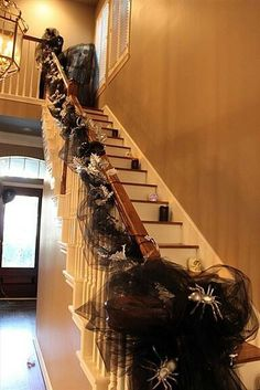 black mesh spider staircase for 2015 Halloween stair decoration Spooky Halloween, Holidays Halloween, Halloween Crafts, Happy Halloween, Halloween Decorations, Halloween Party, Halloween Ideas, Halloween Garland, Fall Decorations