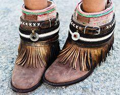Belted boho boots by Emonk Ibiza// Crafty Boho boot Idea//