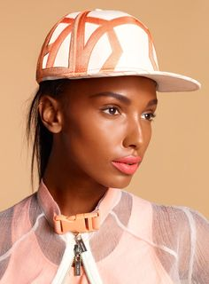 jasme tookes nasty Jasmine Tookes is Surfer Chic for the Nasty Gal Spring/Summer 2013 Collection Sport Chic, Jasmine Tookes, Surf Wear, Textiles, Sports Luxe, Going Out Outfits, Sporty Style, Fashion Books, Sport Fashion