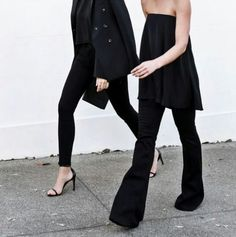 all black + flare jeans #StreetStyle