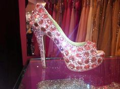 DREAM SHOE!!! <3