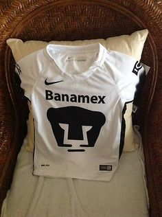 PUMAS  UNAM HOME NIKE SHORT SLEEVES SOCCER/FUTBOL JERSEY NWT Size XSMALL Youth