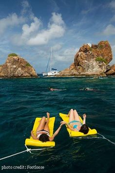 Float your Boat at the Indians, British Virgin Islands w/ #visailing