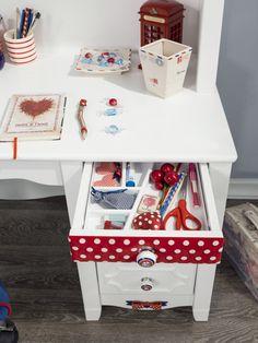 Cilek Strawberry Schreibtisch - Kostenloser Versand innerhalb Deutschlands! -       Ein wunderschöner Schreibtisch in Weiß mit roten Akzenten. Mit dieser großzügigen Arbeitsfläche gehen Schularbeiten leicht von der Hand. Den... #schreibtische #kinder #cilek