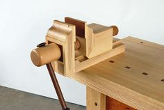 Our September 2015 Workbench of the Month offers up a very unique vise submitted by Drew W. from New Orleans, Louisiana.Drewhas used oneofour standard Vise Screw Kitsto construct an amazing t…