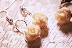 vintage rose earrings & ring set