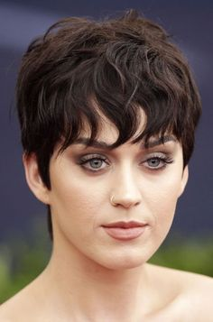 Star cheveux courts Katy Perry