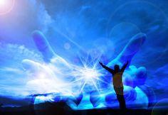 """""""Viver é acreditar que Deus reside em todos os seres"""" – A Divindade do Ser (...)"""