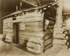 Abraham Lincoln's childhood home (Lincoln log cabin in Lincoln Museum) on display at the 1904 World's Fair.