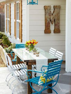Spending some quality time in the great outdoors is often a cure for whatever ails you (long hours at the office, a brutal commute, never-ending chores). Why not reciprocate the love that outdoor rooms show you with these ide