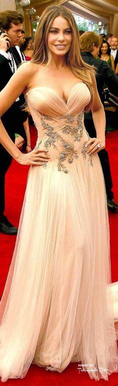 Amazing 80+ Best Sofia Vergara Outfit Ideas Looks! | Fashion https://dressfitme.com/80-best-sofia-vergara-outfit-ideas-looks/