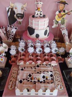 SD Eventos: Cumpleaños VACA LOLA Vaca Lola La granja de Zenon Candy Bar Mesa dulce Golosinas personalizadas Lemon Pie Rogel Popcakes Farm Animal Birthday, Cowgirl Birthday, Cowgirl Party, Farm Birthday, Cow Birthday Parties, Girl Birthday Themes, Cow Baby Showers, Farm Party, Pasta