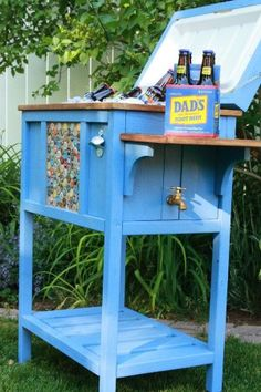 DIY Outdoor Furniture Ideas- Outdoor beer cooler using old furniture and beer caps