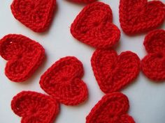 Feliz Día de la Madre: http://spanish.alibaba.com/product-free/hand-crochet-red-eco-heart-appliques-from-bamboo-yarn-115541076.html
