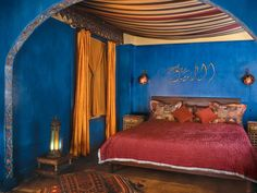 Get Fast Sleep in The Night with Moroccan Style Bedding : Moon To Moon Moroccan Bedroom Ideas