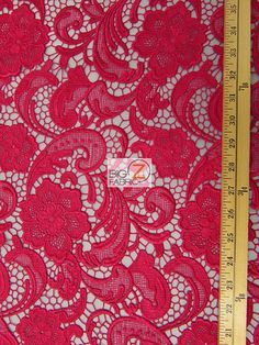 guipure  rose sur chambray bleu ?