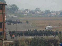 Ayer se reportó la llegada de más contingentes d la GN al aeropuerto d StoDomingo. #MaduroMasacraAlTachira pic.twitter.com/QCgjOSPgaI