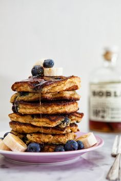 Paleo Blueberry Banana Pancakes made with almond + coconut flour / blog.jchongstudio.com