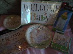 Baby Shower in a Bag; Animal theme deco by on Etsy Safari Theme, Jungle Safari, Jungle Theme, Baby Shower Gender Reveal, Baby Shower Games, Baby Boy Shower, Baby Shower Table Decorations, Its A Boy Banner, Favor Boxes