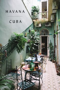 Downstairs patio in our Havana casa. Perfect place to sip a coffee, have some fresh breakfast and hear all the details of last night. Cuban Restaurant, Deco Restaurant, Cuban Architecture, Tropical Architecture, Architecture Design, Cuban Decor, Cuba Fashion, Zona Colonial, Gazebos