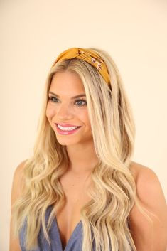 Turban Stretch Headband - Yellow Floral - My list of woman hairstyles Pigtail Hairstyles, Bobby Pin Hairstyles, No Heat Hairstyles, Braided Hairstyles, Wedding Hairstyles, Hairstyles With Headbands, Bandana Hairstyles, Black Hairstyles, Wire Headband