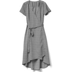 Gap Women Midi Wrap Dress (230 BRL) ❤ liked on Polyvore featuring dresses, tulip dress, short sleeve midi dress, short-sleeve dresses, gap dresses and short sleeve dress