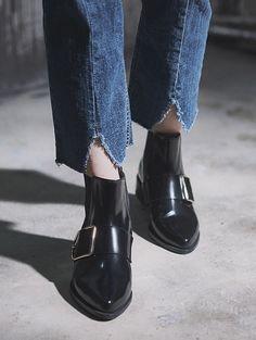 84d9a15bcd9 W CONCEPT   W컨셉 -  RACHEL COX 레이첼 콕스  Ankle boots Maci R1547 3cm