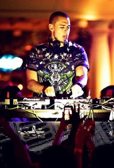Afrojack is a Dutch DJ who has won the price of the best DJ in the world. He is a source of inspiration to a lot of young DJ talents who also want to go play abroad. As a country, the Netherlands are very proud of having him. Therefore he is an icon and a hero.