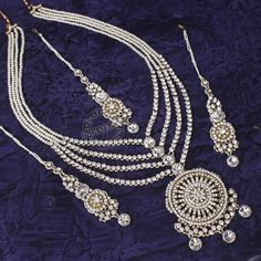Sabiha Necklace + Earrings + Tikka by Indiatrend. Shop Now at WWW.INDIATRENDSHOP.COM