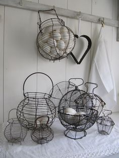 Vintage wire egg baskets have that rustic and timeless look to them that makes them great in a lot of different decorating styles. Wire Egg Basket, Wire Baskets, Chicken Wire, Chicken Eggs, Farm Chicken, Fresh Chicken, Wire Crafts, Farm Life, Vintage Kitchen