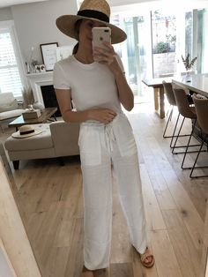 My Trunk Club Vacation Favorites — Girl Meets Gold vacation outfits casual, mexico vacation outfits, Linen Pants Outfit, White Pants Outfit, Summer Pants Outfits, Outfits With Hats, Casual Summer Outfits, Outfits For Teens, White Beach Pants, Edgy Outfits, Classy Outfits