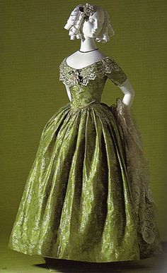 1845 dress from the Kyoto Costume Institute ~ always loved how they made paper wigs for their mannequins