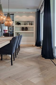 Woonkamer design met visgraat vloer - For the Home Cheap Home Decor, Home And Living, Home Remodeling, House Flooring, Interior Design, Floor Design, Home Decor, House Interior, Home Deco