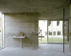 vosgesparis: A second look at the concrete Antivilla in Berlin