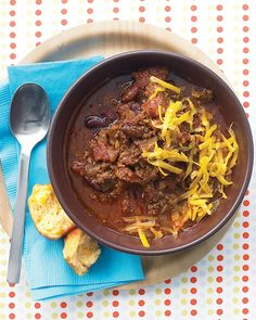 30-Minute Chili - Martha Stewart Recipes. Vicki used vegetable stock instead of beer and venison instead of beef cubes. She loved it!