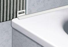 Quando si realizza un bagno è importante curare ogni piccolo particolare, anche la scelta dei profili per sanitari.  Ecco i consigli di @Profilpas per la scelta dei profili per la Stanza del Benessere Floor Design, Tile Design, House Design, Diy Casa, Joinery Details, Tile Trim, Luxury Shower, Bathroom Spa, Home Gadgets