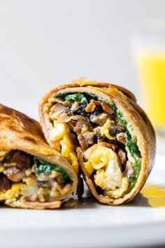This Omelet Tortilla Breakfast Wrap takes a classic omelet and cooks it with a tortilla right in the skillet. Then simply roll it up and you have an easy on-the-go breakfast. #breakfast #breakfastwrap #omelet Breakfast Wraps, Breakfast Burritos, Breakfast Ideas, Breakfast Club, Breakfast Tortilla, Breakfast Sandwiches, Savory Breakfast, Breakfast Dishes, Ww Recipes