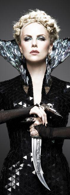 Regilla ⚜ Charlize Theron, Snow White and the Huntsman