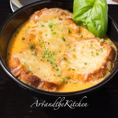 Roasted Garlic Tomato Basil Soup | Art and the Kitchen