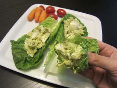 just boiled eggs and avocado Healthy Egg Salad, Boiled Eggs, Fresh Rolls, Lettuce, Avocado, Tasty, Vegetables, Ethnic Recipes, Boats