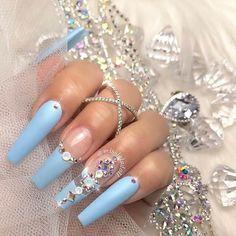 Elegant Baby Blue Nail Designs - Nails - Best Nail World Pastel Blue Nails, Baby Blue Nails, Light Blue Nails, Lilac Nails, Homecoming Nails, Prom Nails, Long Nails, Graduation Nails, Wedding Nails