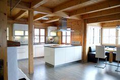 Küchen und Inneneinrichtung - Projekte in Salzburg - Laserer Küchen und Wohnen House, Home, Homey, Cabin Design, Red House, Creative Home, Interior Design, Kitchen Style, Kitchen Design