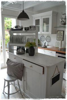 Black and white kitchen - by Frau K shabby chic