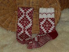 Hobinurgake Christmas Stockings, Holiday Decor, Home Decor, Homemade Home Decor, Interior Design, Home Interior Design, Decoration Home, Home Decoration, Stockings