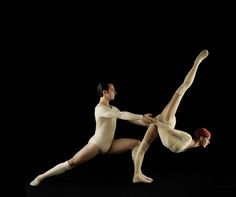 Les Ballets Jazz de Montréal's Céline Cassone and Marcio Vinicius Paulino Silveira in Zero In On (photo by Leda & St. Jacques, courtesy BJM)