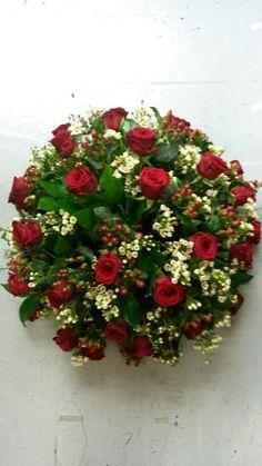 biedermeier rood wit met rozen #bloembinderijbloem