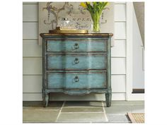 Shop this hooker furniture blue x chest from our top selling Hooker Furniture accent cabinets. LuxeDecor is your premier online showroom for accent furniture and high-end home decor. Painting Wooden Furniture, Refurbished Furniture, Repurposed Furniture, Furniture Makeover, Furniture Removal, Furniture Painting Techniques, Chair Makeover, Western Furniture, Hooker Furniture