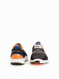 1386e8029c5 35 bästa bilderna på skor!!!! | Shoes sneakers, Adidas sneakers och ...